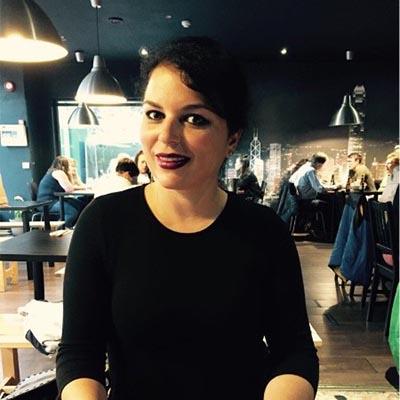 Isabel León Sánchez da clases de inglés con Teachify