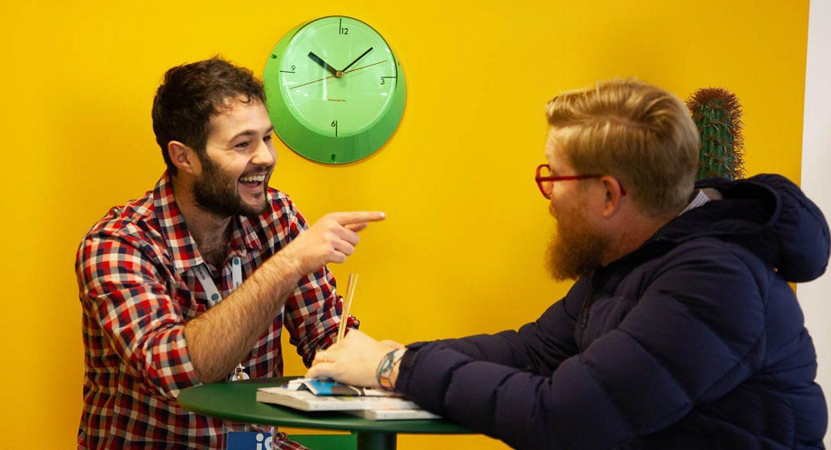 Una clase de Teachify entre el profesor Lewis y alumno Daniel en iSspaces