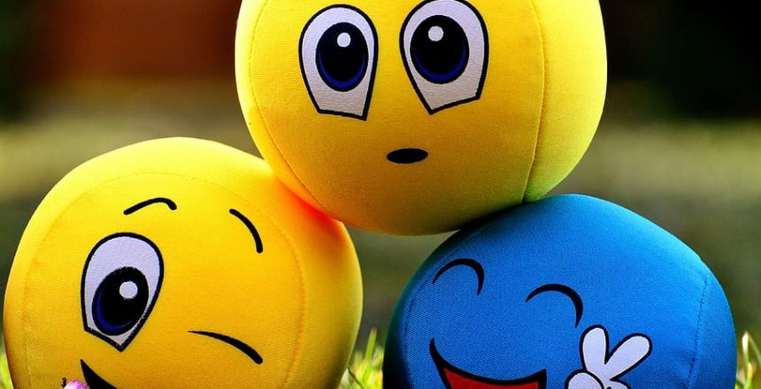 smilies-emotions-balls-funny
